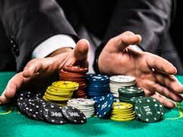 Learning How to Play Poker